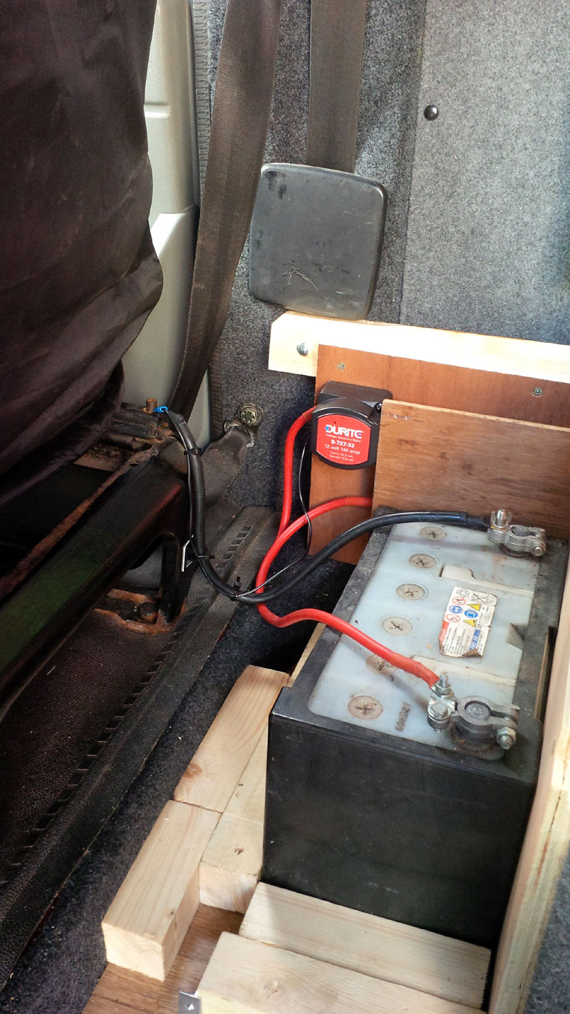 how to install a split charge kit in a vw t4 transporter. Black Bedroom Furniture Sets. Home Design Ideas