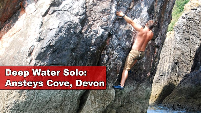 Deep Water Solo Climbing, Ansteys Cove, Torquay