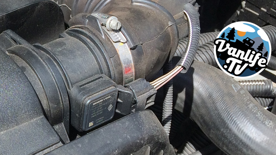 How to change the mass air flow meter (MAF) on a Vauxhall